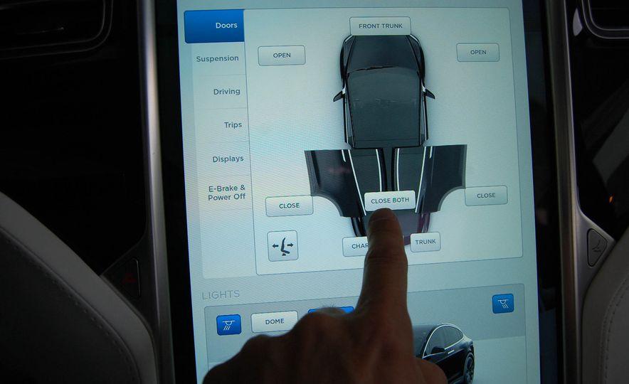 2016 Tesla Model X - Slide 26