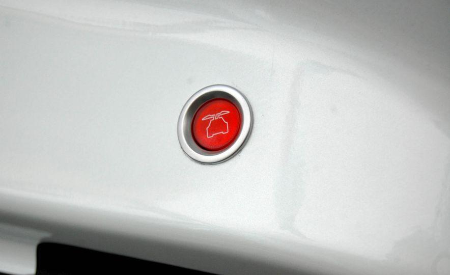 2016 Tesla Model X - Slide 28