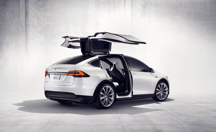 2016 Tesla Model X - Slide 33