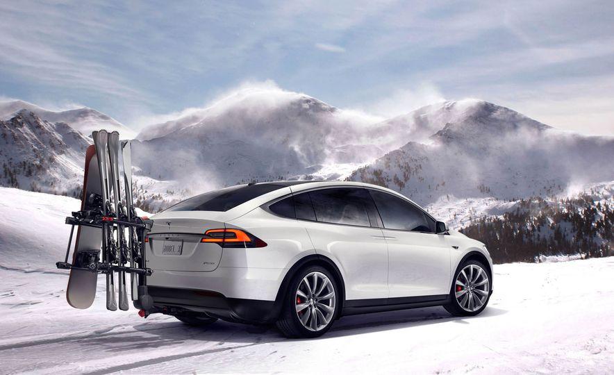2016 Tesla Model X - Slide 35