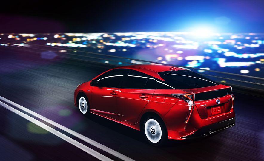 2016 Toyota Prius - Slide 41