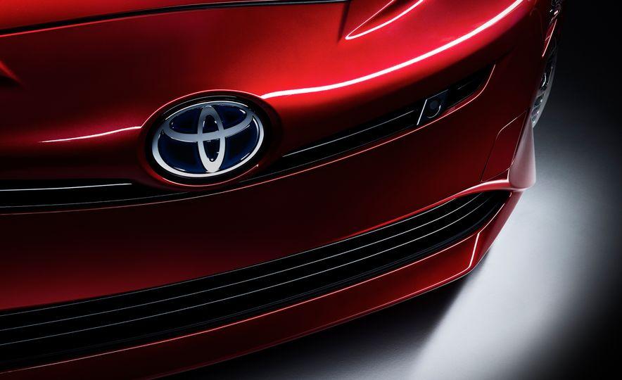 2016 Toyota Prius - Slide 42