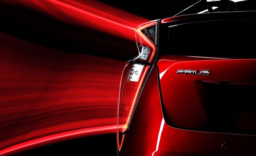 2016 Toyota Prius - Slide 43