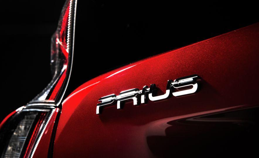 2016 Toyota Prius - Slide 47