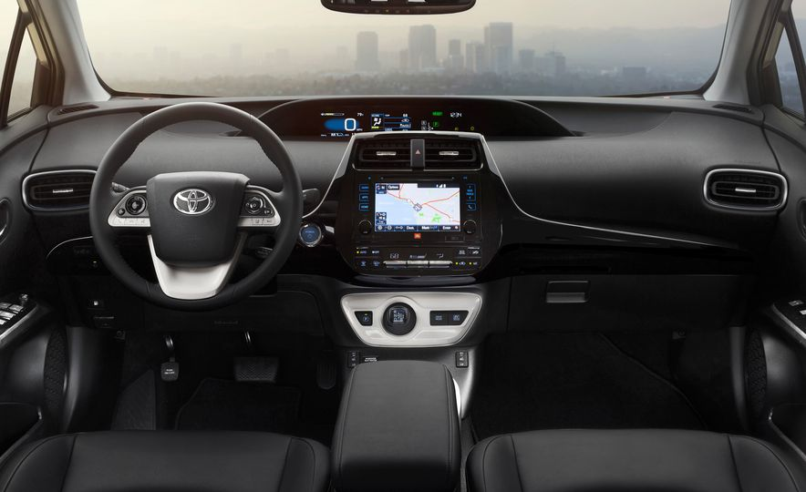 2016 Toyota Prius - Slide 51