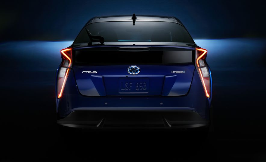 2016 Toyota Prius - Slide 57