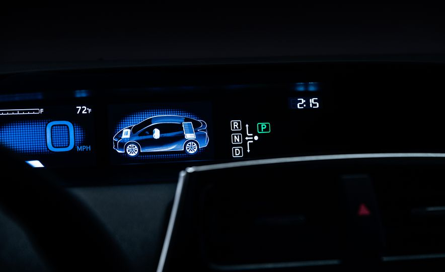 2016 Toyota Prius - Slide 64