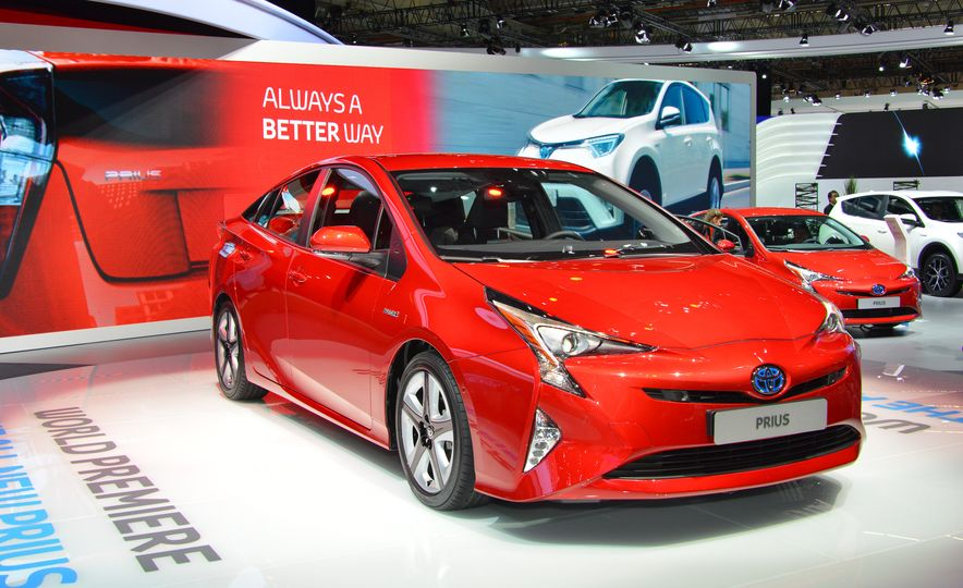 2016 Toyota Prius - Slide 6