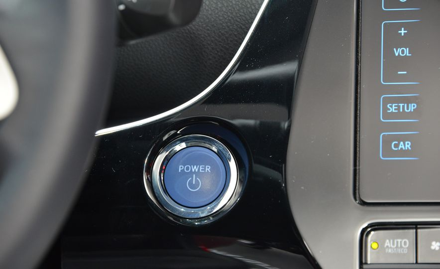 2016 Toyota Prius - Slide 35