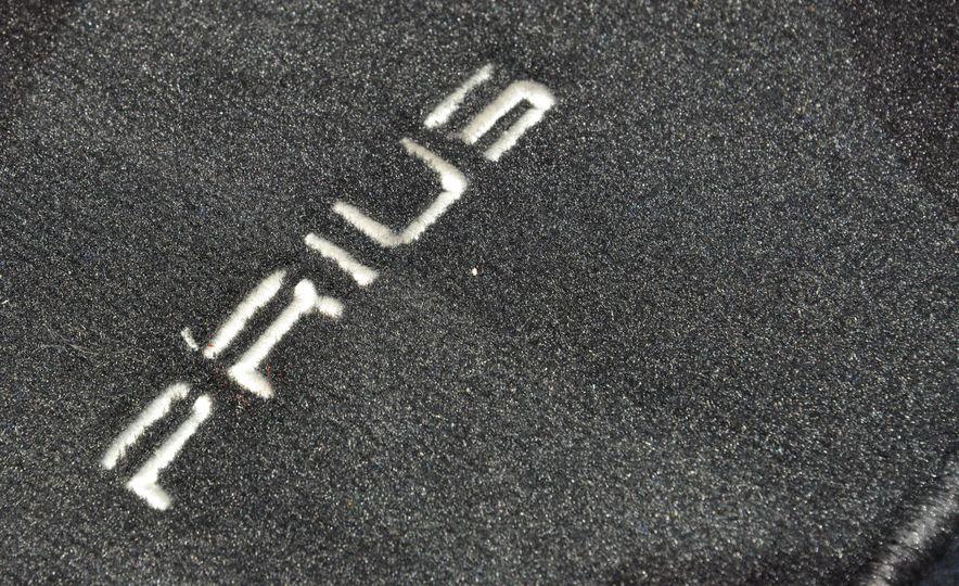 2016 Toyota Prius - Slide 37