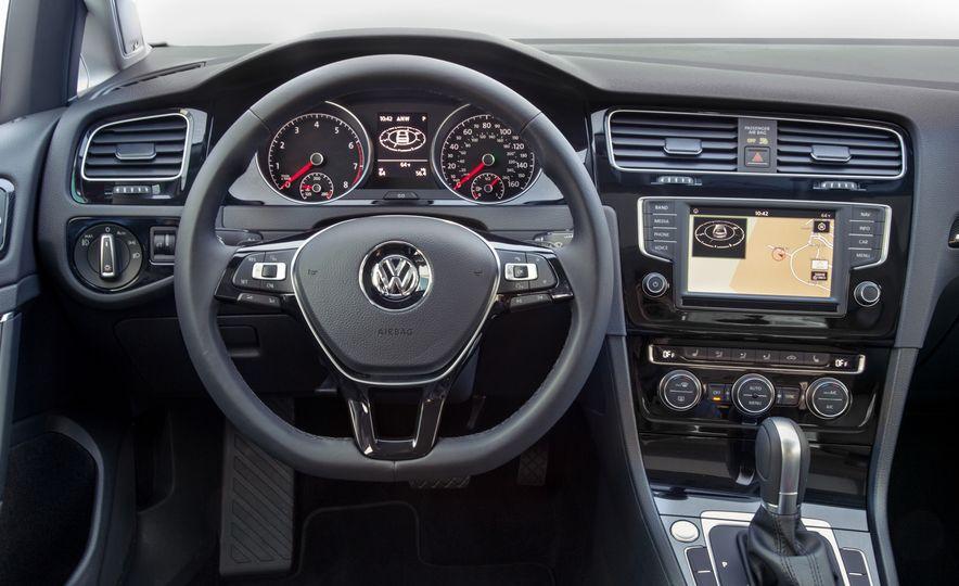 Volkswagen Beetle Dune hybrid concept - Slide 29