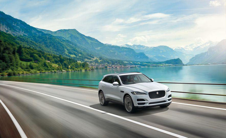 2017 Jaguar F-Paces - Slide 6
