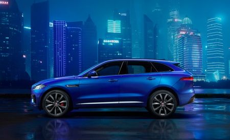 2017 Jaguar F-Pace Fully Revealed as It Might Look Parked in Shanghai