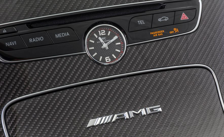 2017 Mercedes-AMG C63 coupe - Slide 40