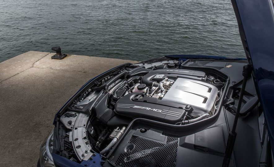2017 Mercedes-AMG C63 coupe - Slide 46