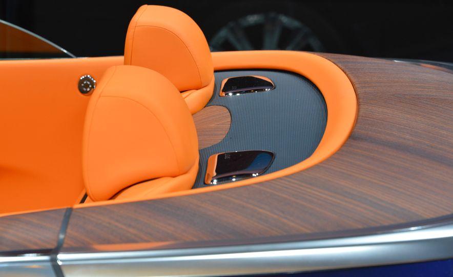 2017 Rolls-Royce Dawn - Slide 15