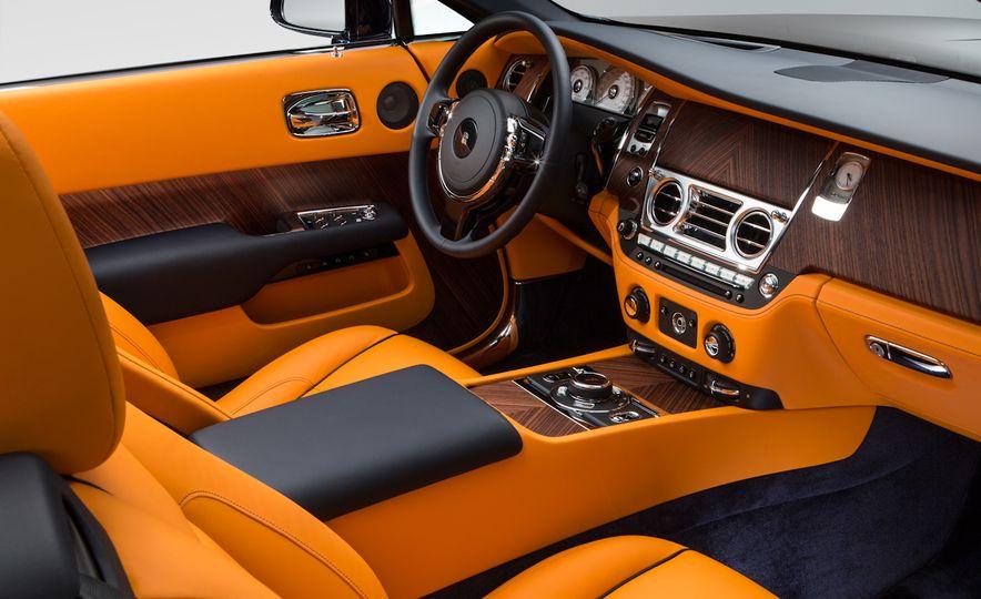 2017 Rolls-Royce Dawn - Slide 45