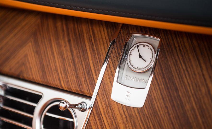 2017 Rolls-Royce Dawn - Slide 54