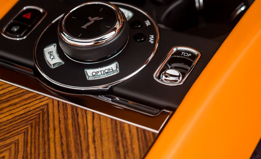 2017 Rolls-Royce Dawn - Slide 55