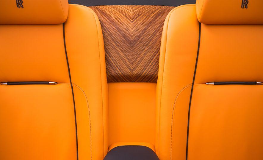 2017 Rolls-Royce Dawn - Slide 59