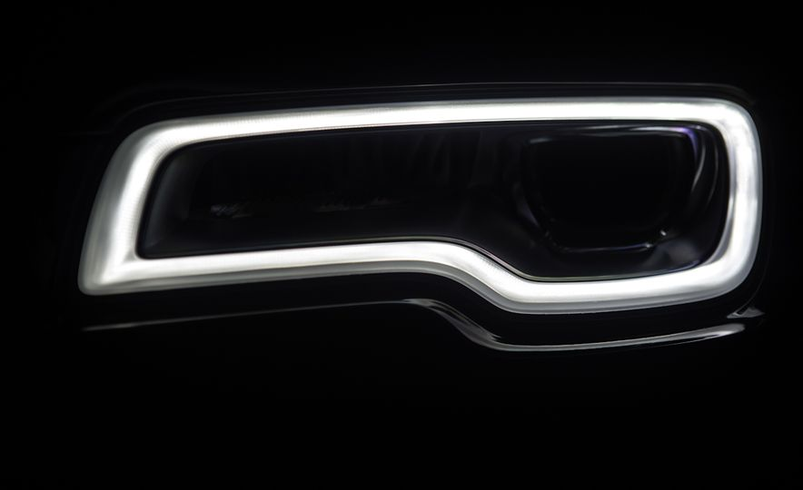 2017 Rolls-Royce Dawn - Slide 61