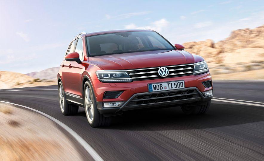 2017 Volkswagen Tiguan R-Line 4MOTION (Euro-spec) - Slide 8