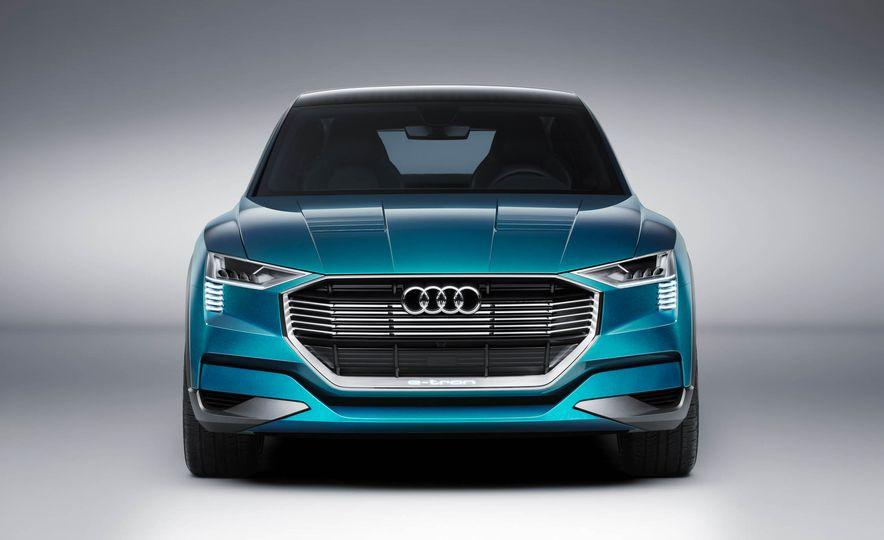 Audi e-tron Sportback concept - Slide 43