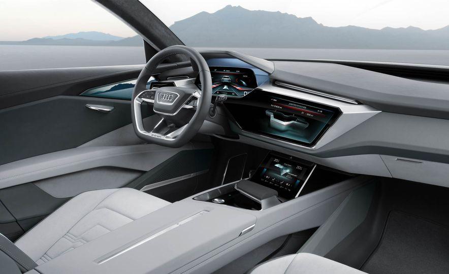 Audi e-tron Sportback concept - Slide 47