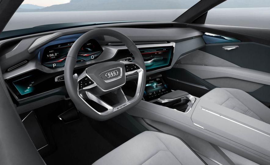 Audi e-tron Sportback concept - Slide 48