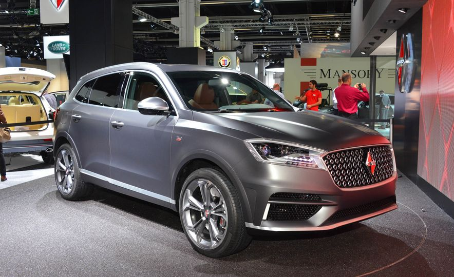 Borgward BX 7 AWD T-GDI - Slide 1