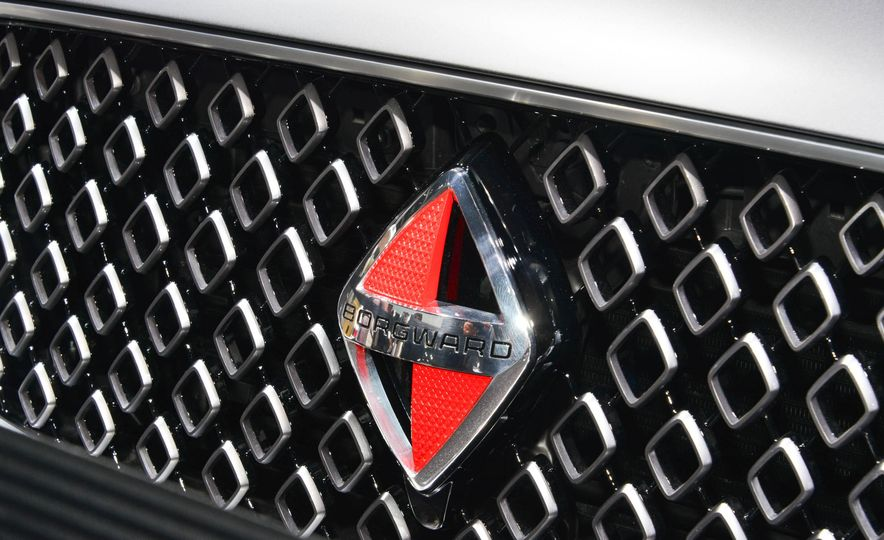 Borgward BX 7 AWD T-GDI - Slide 9