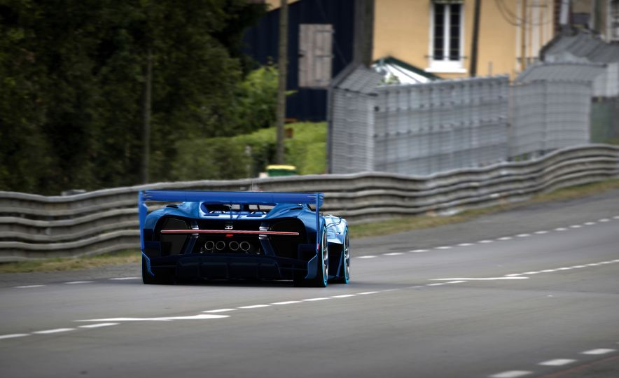Bugatti Vision Gran Turismo concept - Slide 27