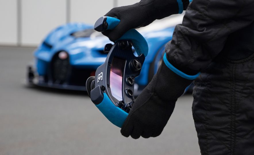Bugatti Vision Gran Turismo concept - Slide 38