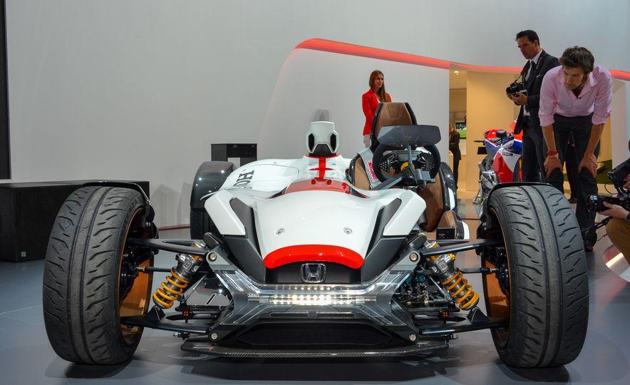Honda 2&4 concept - Slide 1