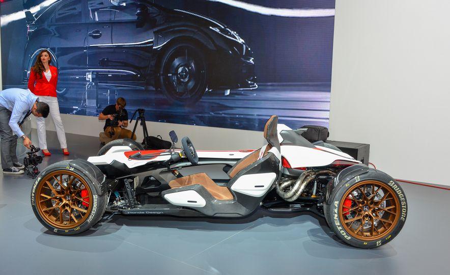Honda 2&4 concept - Slide 3