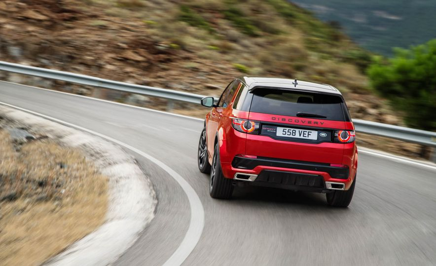 2016 Land Rover Discovery Sport Dynamic Edition - Slide 17