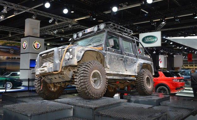 Jaguar Land Rover Releases Epic On-Set Photos of James Bond 007 Spectre Movie Cars