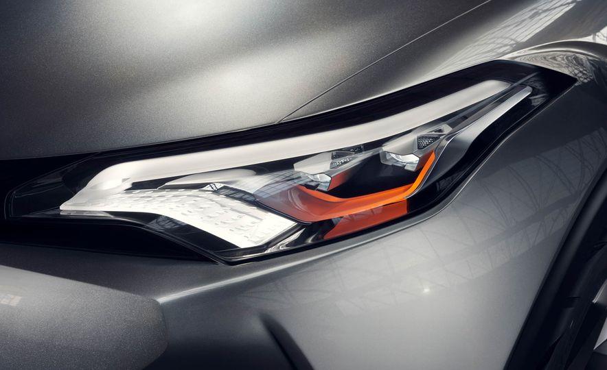 Toyota C-HR concept - Slide 29