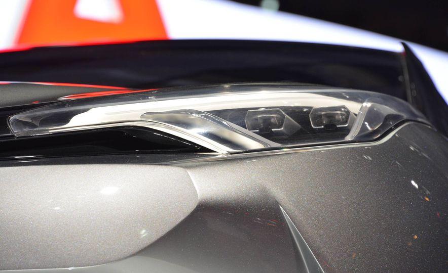 Toyota C-HR concept - Slide 13
