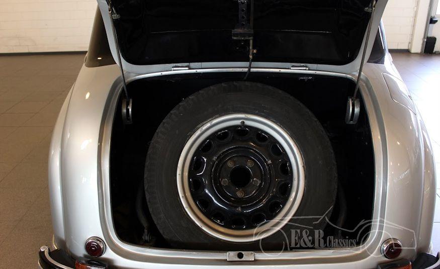 1949 Alfa Romeo 6C2500 Boneschi Ministeriale - Slide 8