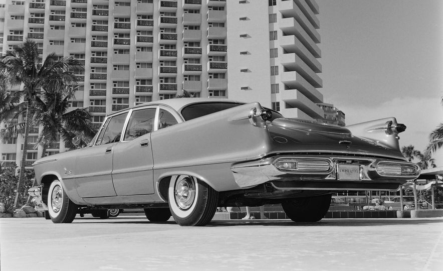 10 Luxury Car Brands That Time Forgot - Slide 11