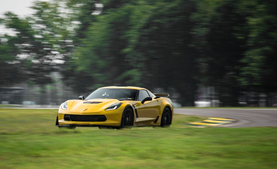 2015 Chevrolet Corvette Z06 - Slide 5