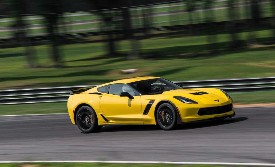 2015 Chevrolet Corvette Z06 - Slide 9