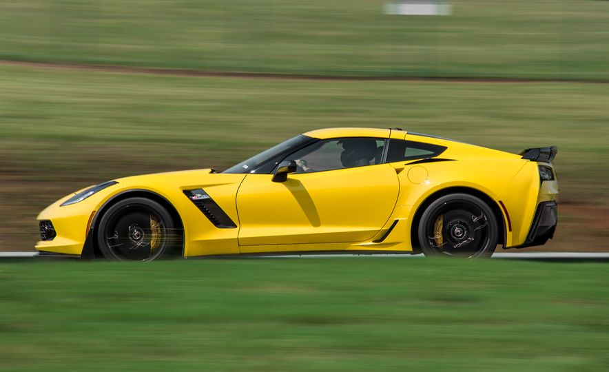 2015 Chevrolet Corvette Z06 - Slide 13