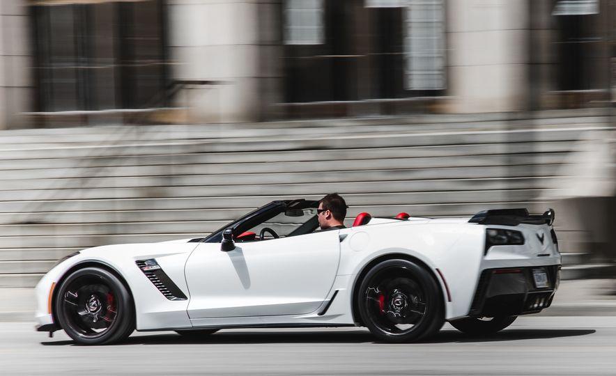 2015 Chevrolet Corvette Z06 convertible - Slide 6