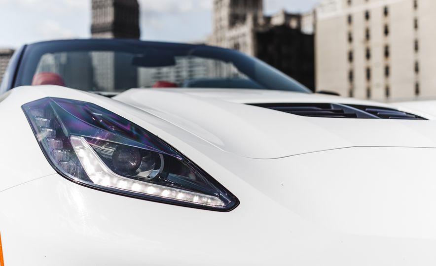 2015 Chevrolet Corvette Z06 convertible - Slide 24