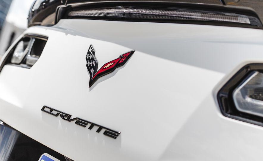 2015 Chevrolet Corvette Z06 convertible - Slide 35