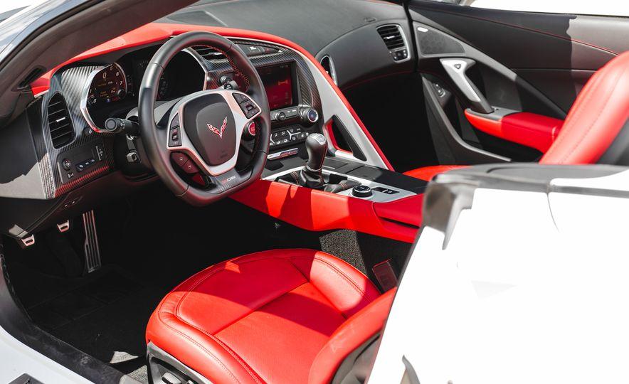2015 Chevrolet Corvette Z06 convertible - Slide 40