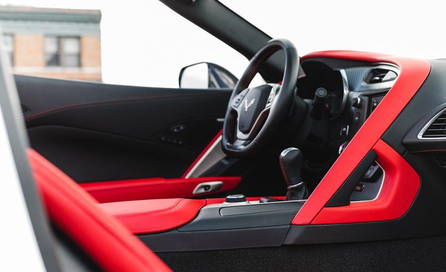 2015 Chevrolet Corvette Z06 convertible - Slide 43