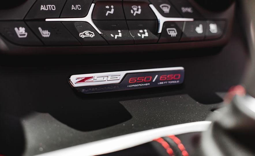 2015 Chevrolet Corvette Z06 convertible - Slide 47